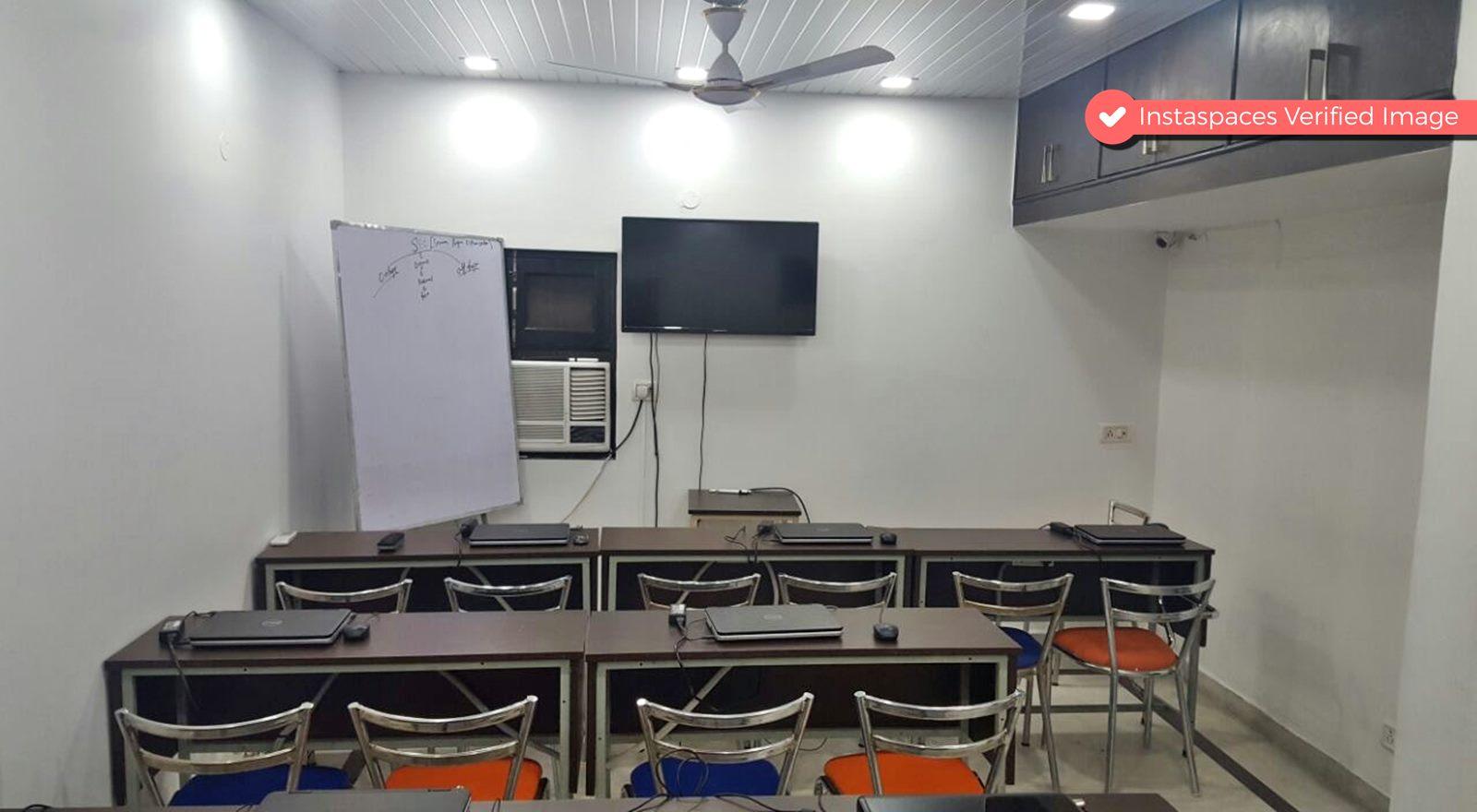 Training Room in Rohini near Metro Station