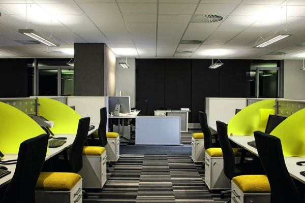 Instaspaces Desks in Delhi NCR